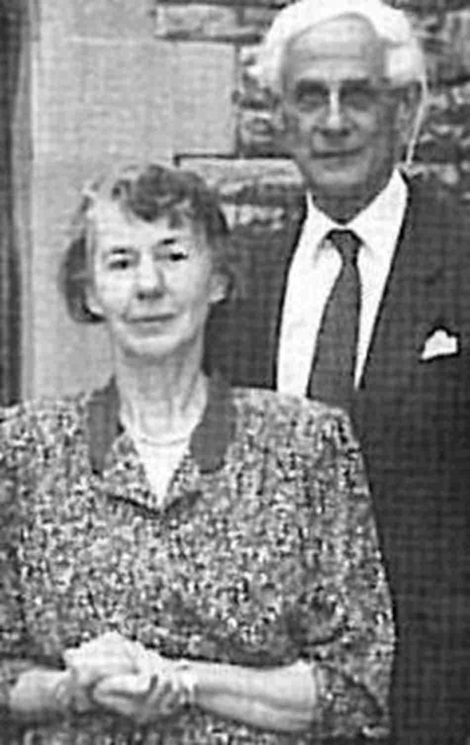 Mrs Jinny Fletcher and Dr Robin Fletcher on their retirement from Rhodes House in 1989 process s200x317