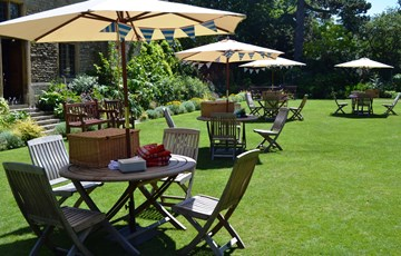 Garden Party at Rhodes House