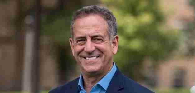 Addressing Civic Despair: Leadership in Tough Times with Russ Feingold (Wisconsin & Magdalen 1975)